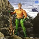 AQUAMAN COMICS ONE:12 COLLECTIVE - DC COMICS - MEZCO