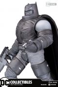 ARMORED BATMAN BY FRANK MILLER - DC COMICS - DC COLLECTIBLES